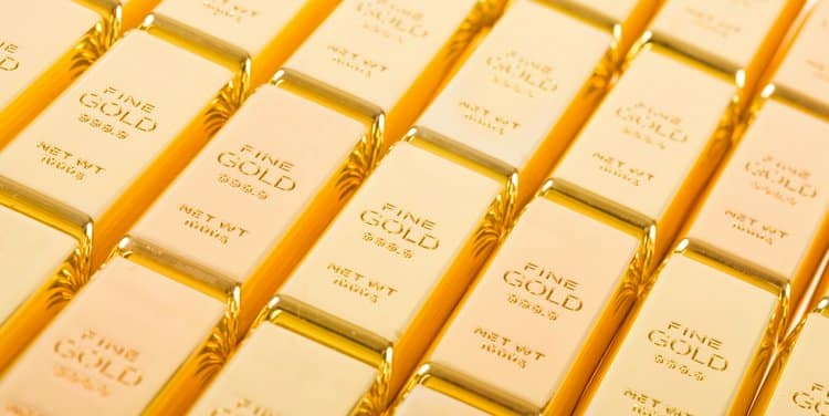 Buying Gold on the Fed Dip
