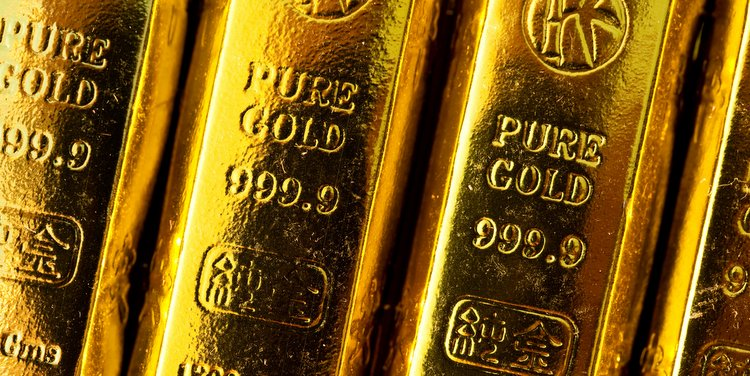 Gold Price Settling Lower after Post-Fed Decision Surge